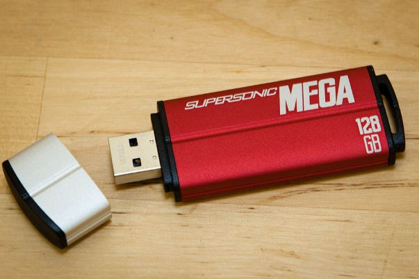 flashdisk Patriot Supersonic Mega